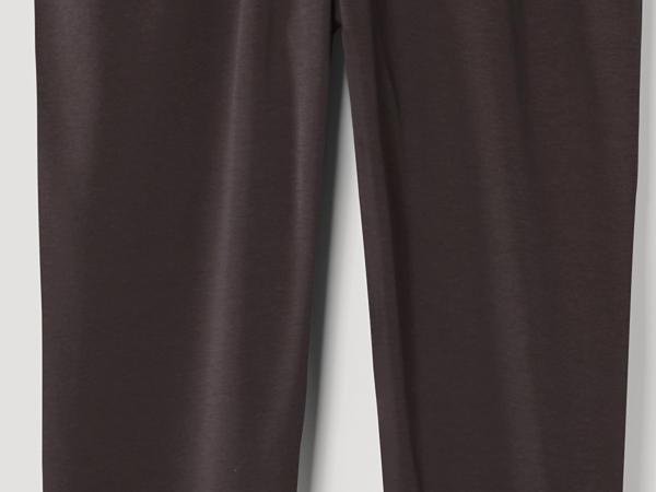 Yoga pants made of pure organic cotton
