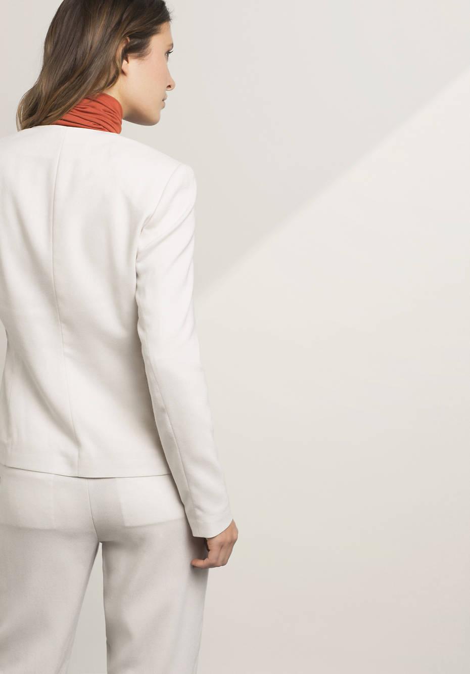 Blazer aus Modal mit Schurwolle