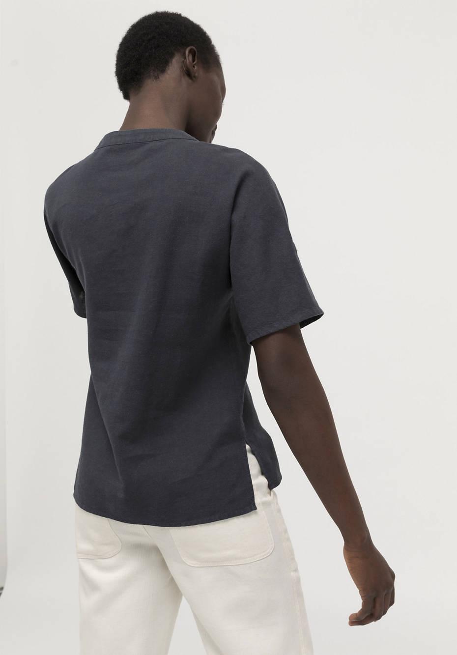 Blouse shirt made of hemp with organic cotton