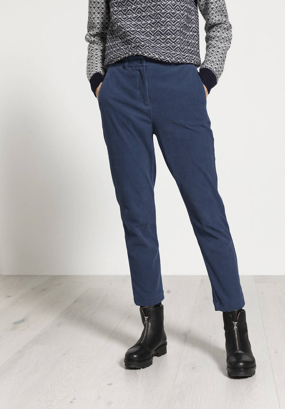 Cord trousers made from pure organic cotton