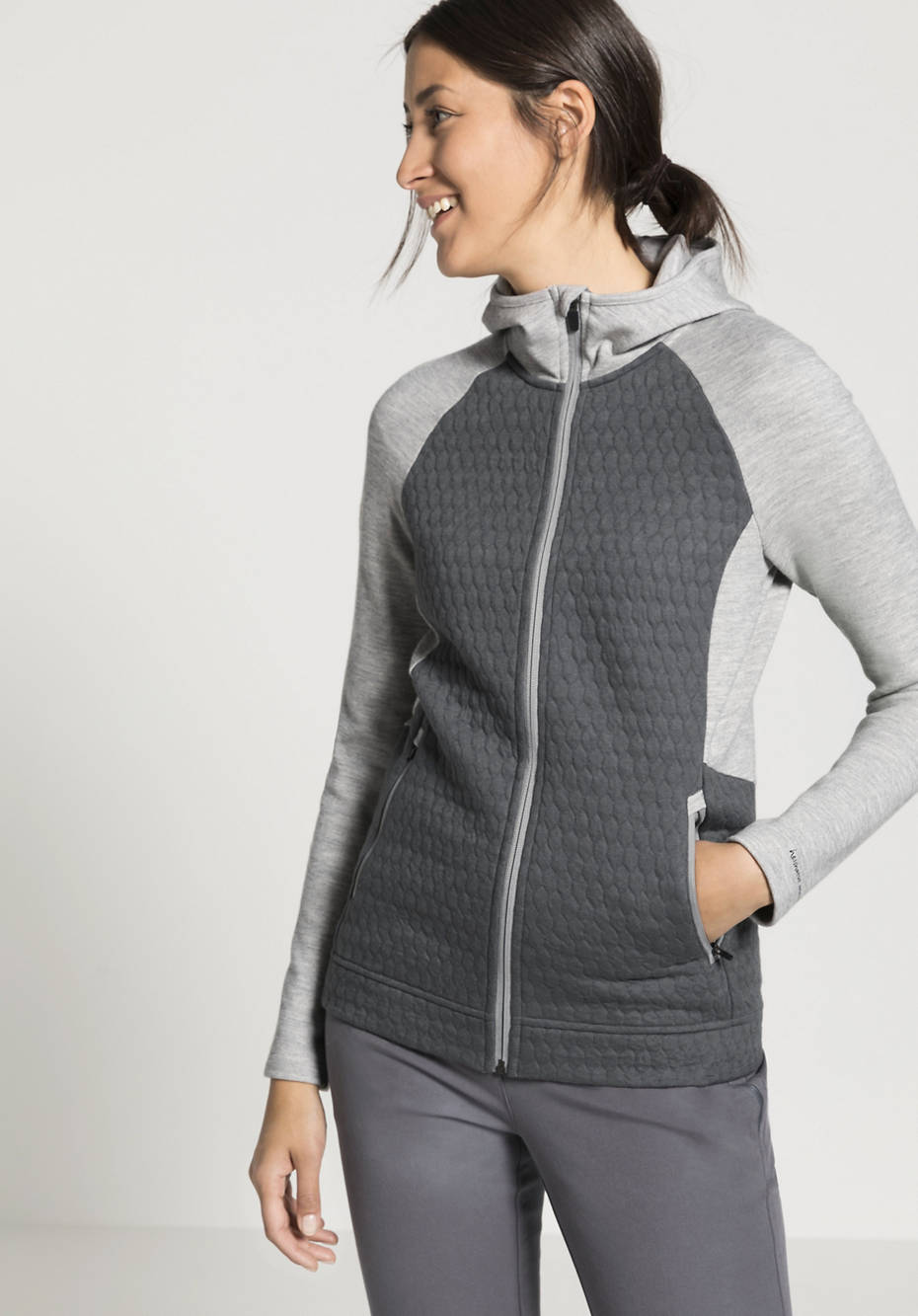 Damen Kapuzenjacke mit 3D-Struktur aus Bio-Baumwolle mit Bio-Schurwolle