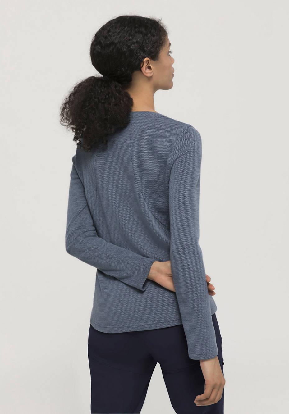 Functional shirt made of organic merino wool with organic cotton