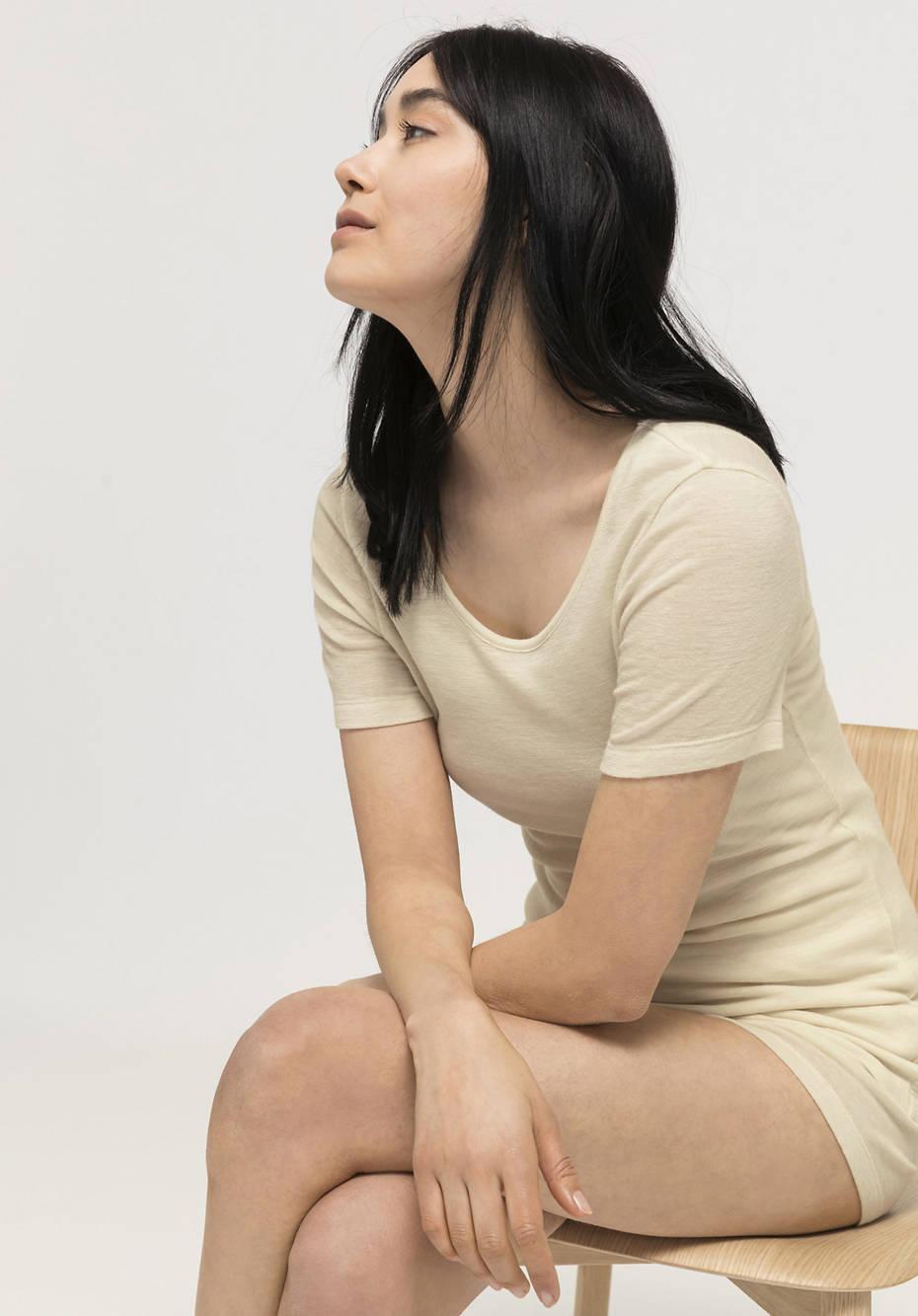 Half-sleeved shirt made of pure organic merino wool