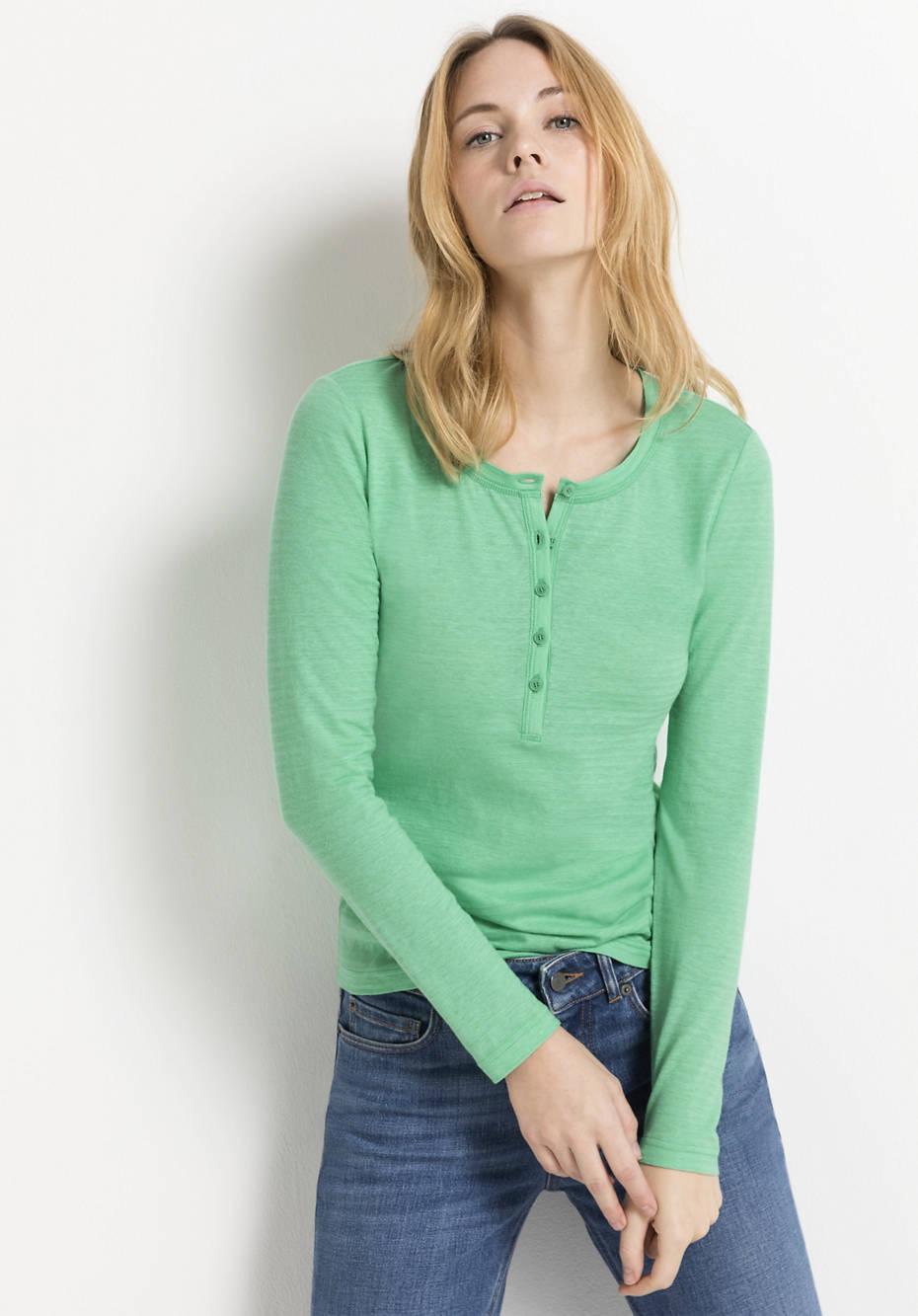 Henley shirt made of organic cotton with hemp