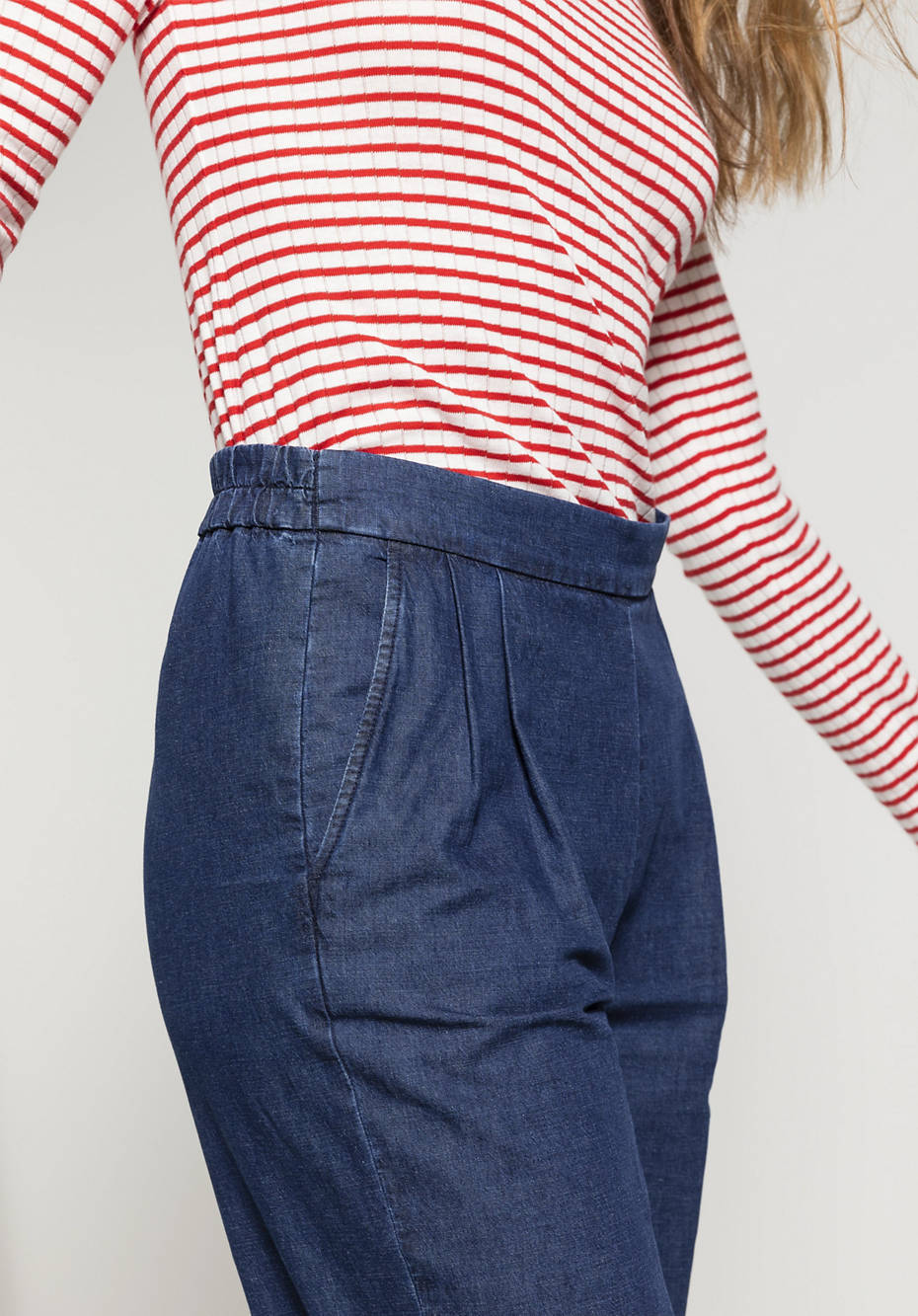Jeans Flared aus Bio-Baumwolle mit Leinen