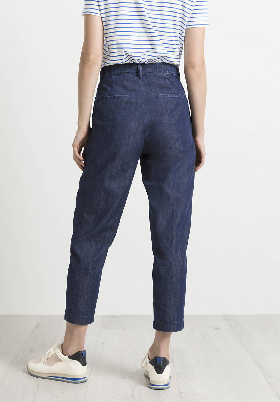 Jeans made from pure organic denim