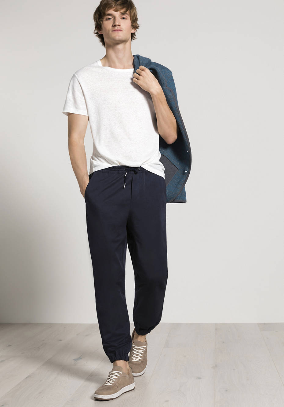 Joggpant Relaxed Fit made of organic cotton with linen