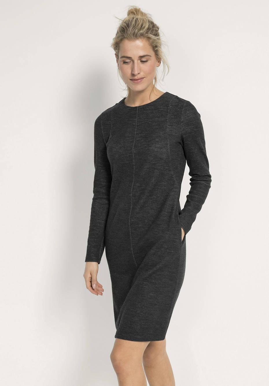 Kleid aus Bio-Baumwolle und Schurwolle