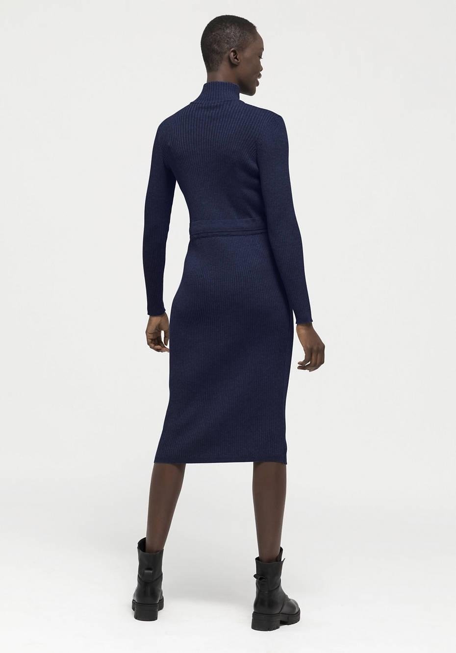 Knitted dress made of organic cotton and organic new wool