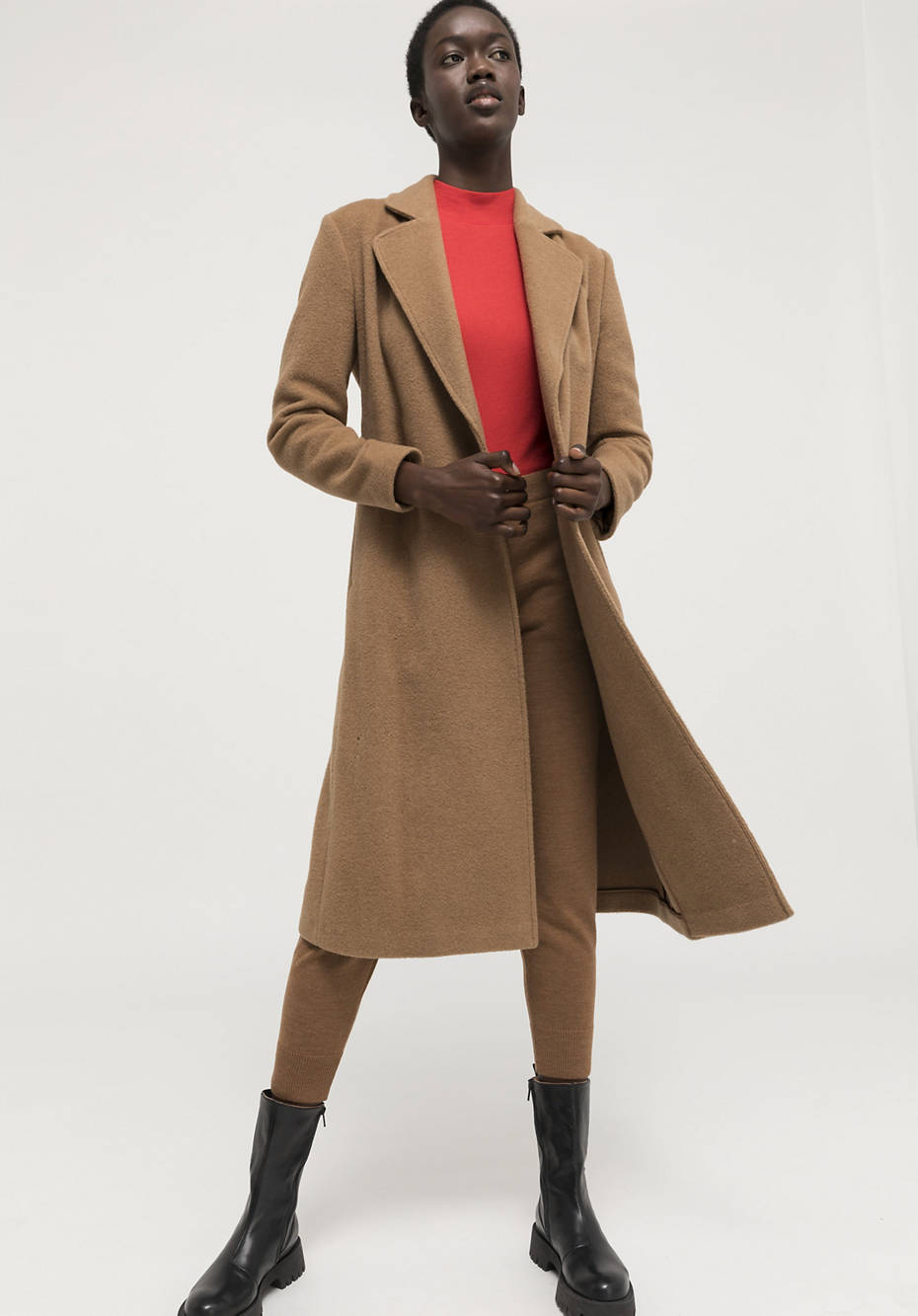 Limited by Nature coat made from pure camel hair
