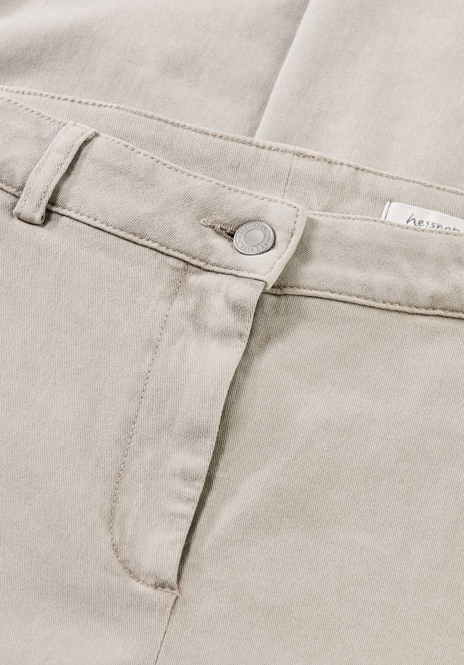 Limited by Nature pants made of mineral-dyed organic cotton
