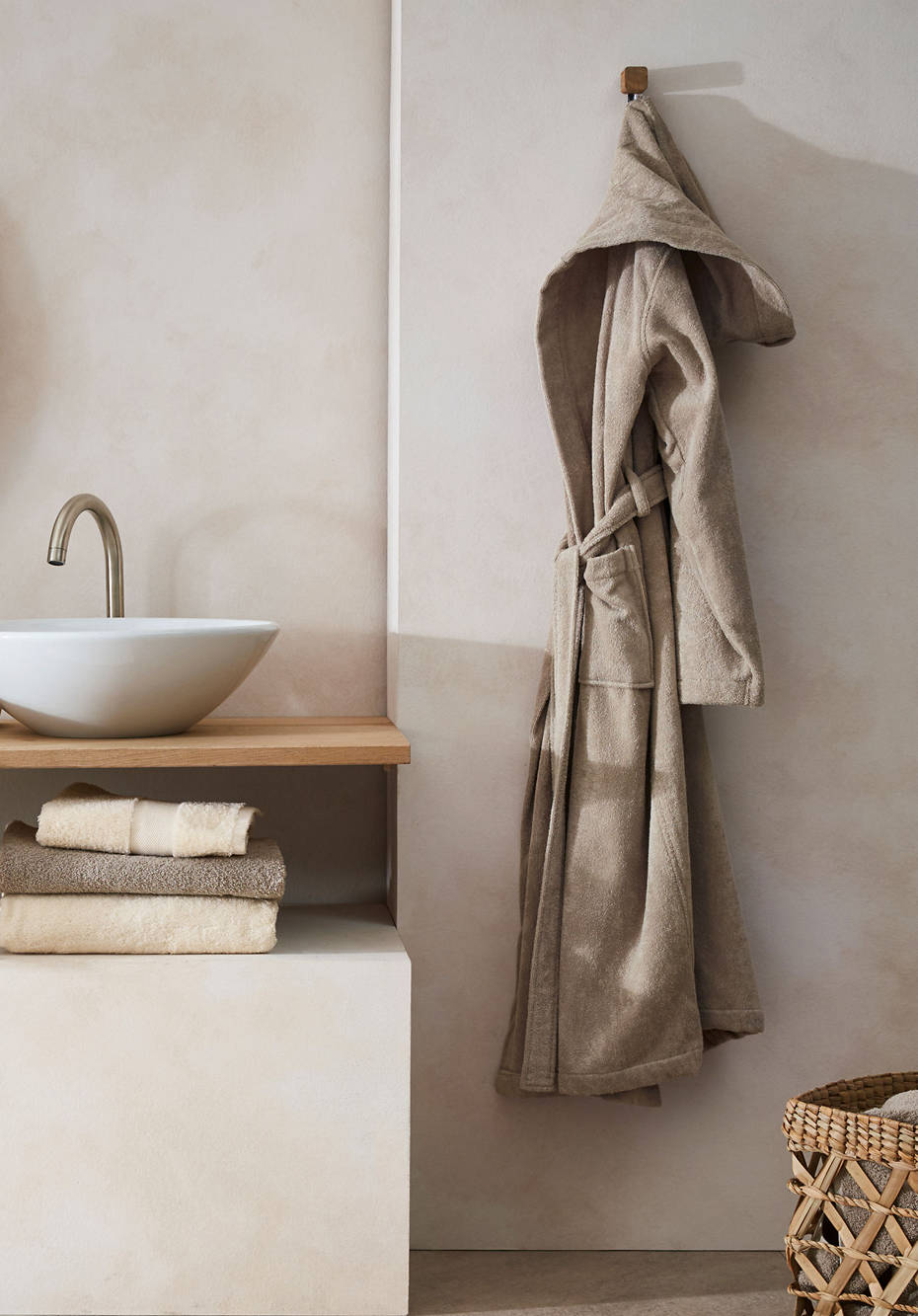 Long bathrobe made from pure organic terrycloth