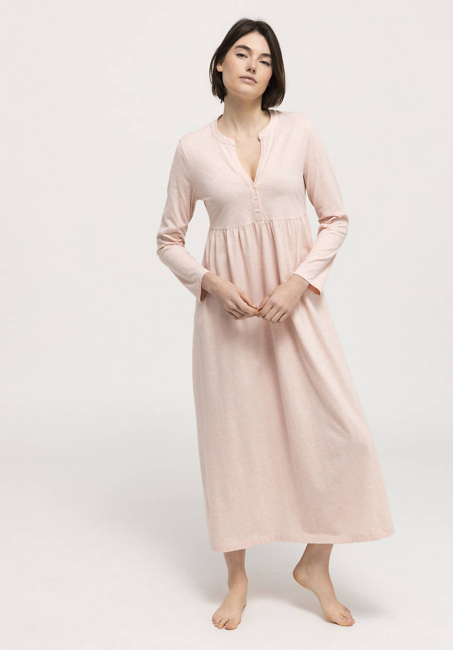 Long nightgown made of pure organic cotton
