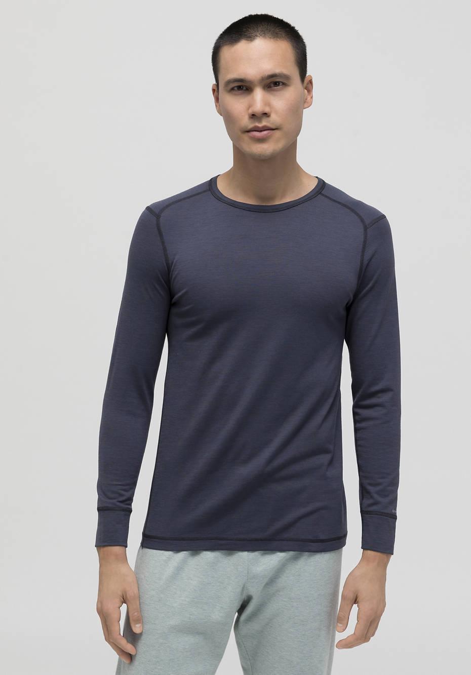Long-sleeved shirt made of organic merino wool