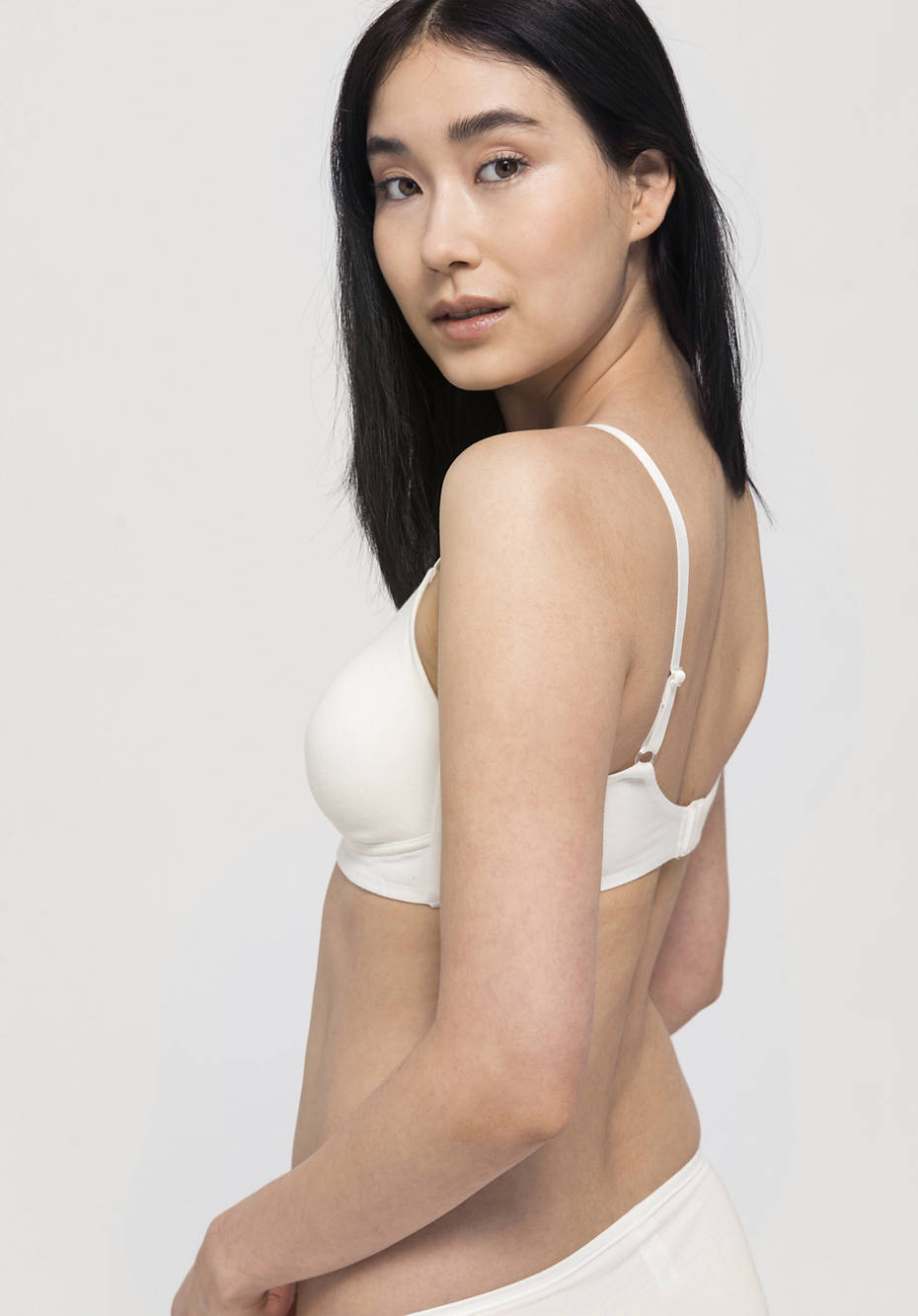 Metal-free spacer bra made of organic cotton and TENCEL ™ Modal