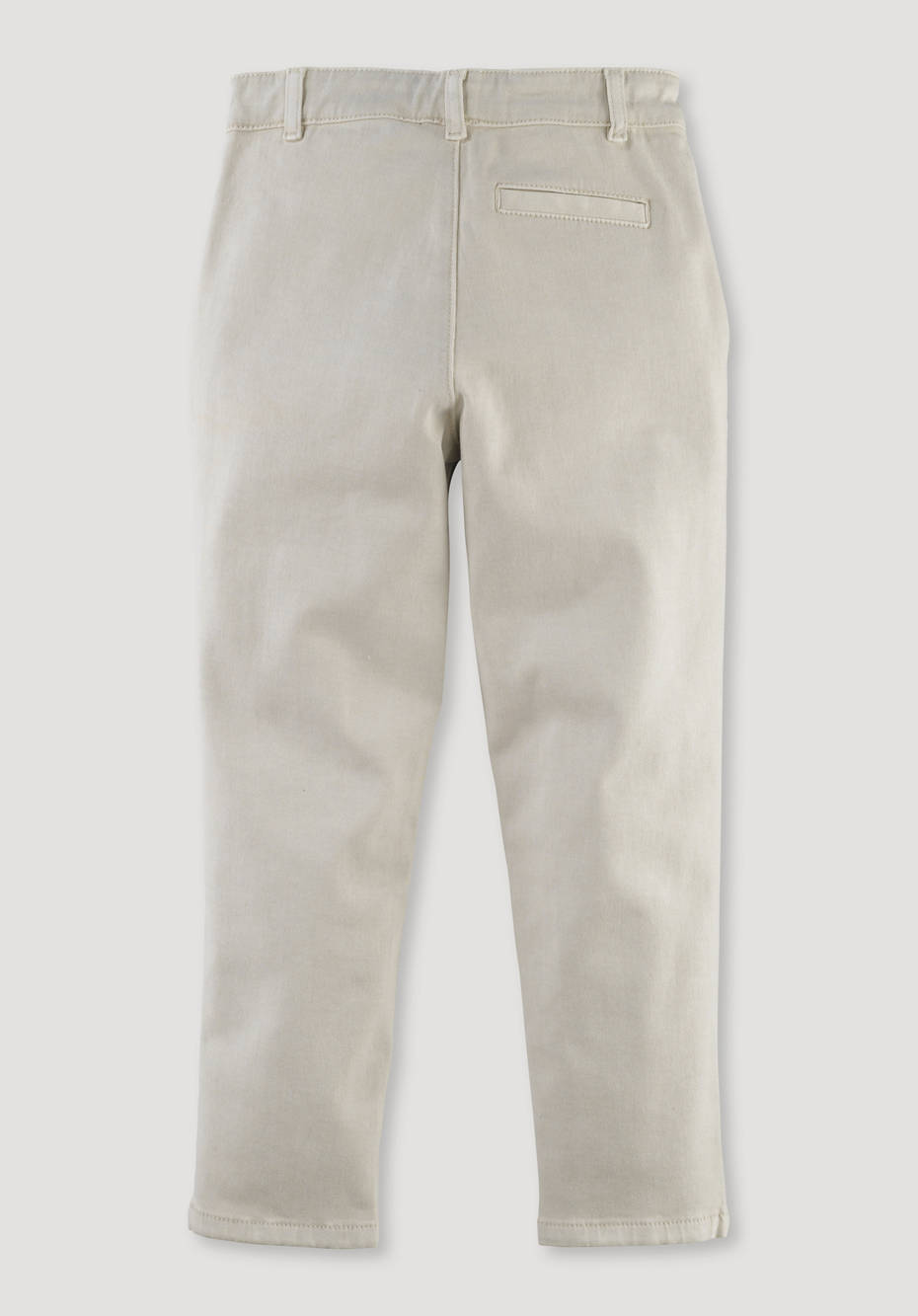 Mineral-dyed chinos made from pure organic cotton
