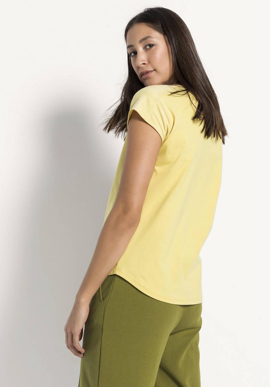 Pflanzengefärbtes Shirt aus reiner Bio-Baumwolle