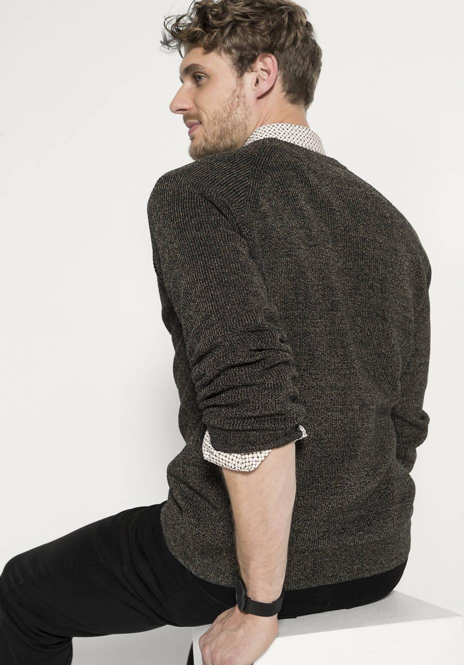 Schöne Pullover und Sweatshirts für Jungen – Entdecke die Auswahl bei KIK! Bei KIK erhältst du in dieser Rubrik coole Pullover und Sweatshirts für coole Jungs ab etwa 7 Jahren.
