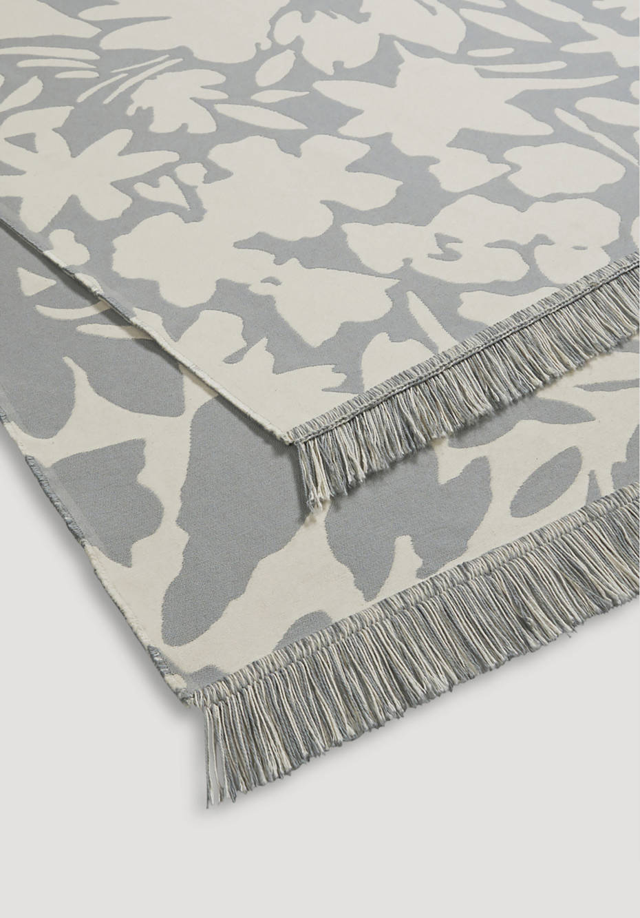 Reversible rug Maija made of pure organic cotton
