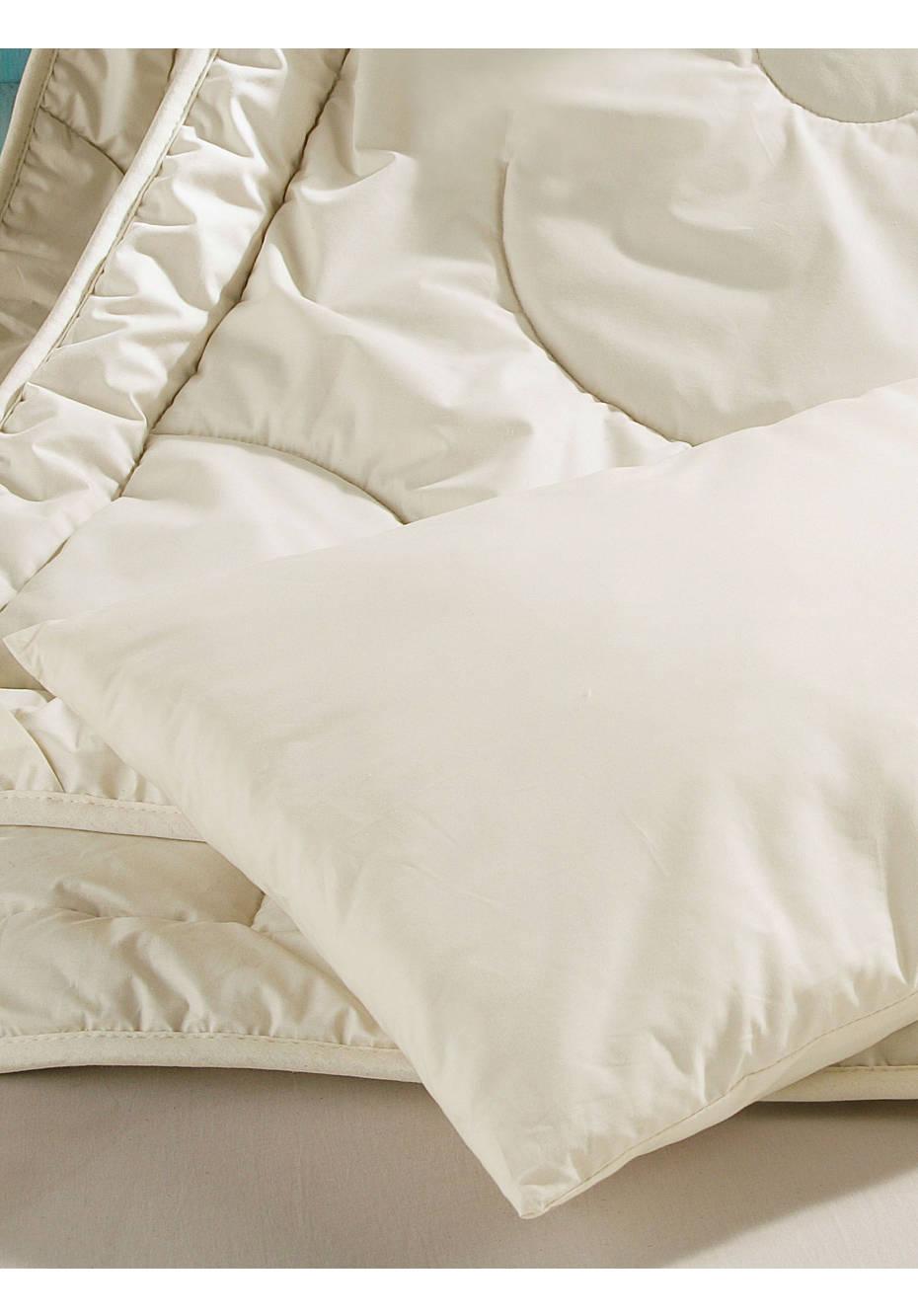 kopfkissen verklumpt kronleuchter modern schlafzimmer bielefelder bettdecken bettw sche mr mrs. Black Bedroom Furniture Sets. Home Design Ideas