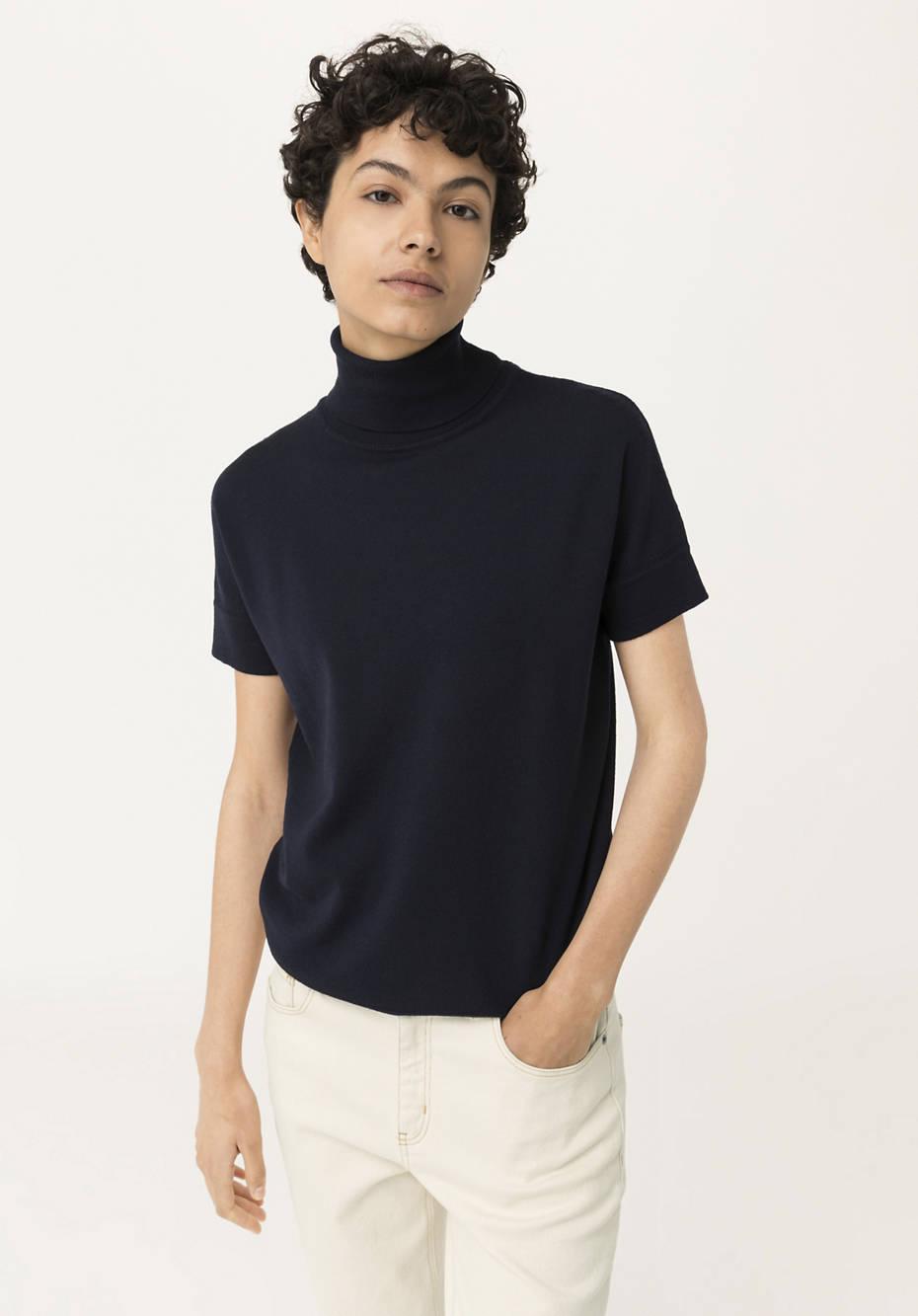 Short-sleeved sweater made from pure organic merino wool