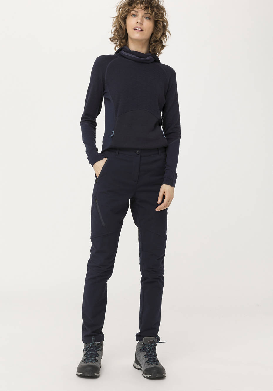 Softshell pants slim fit made of organic cotton
