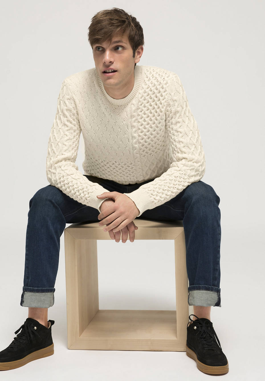 Structured knit sweater made of organic cotton and organic merino wool