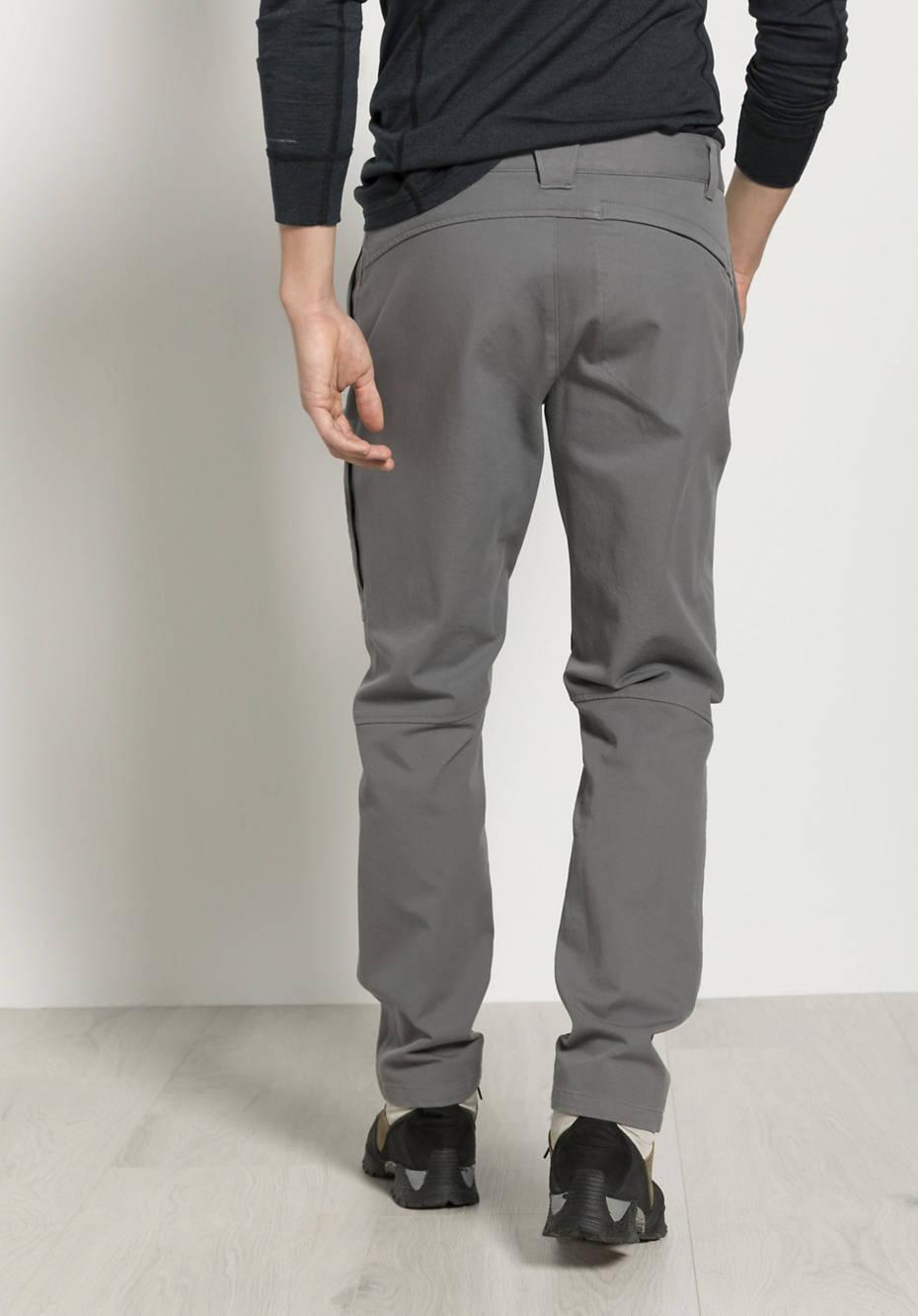Trekking pants made of organic cotton