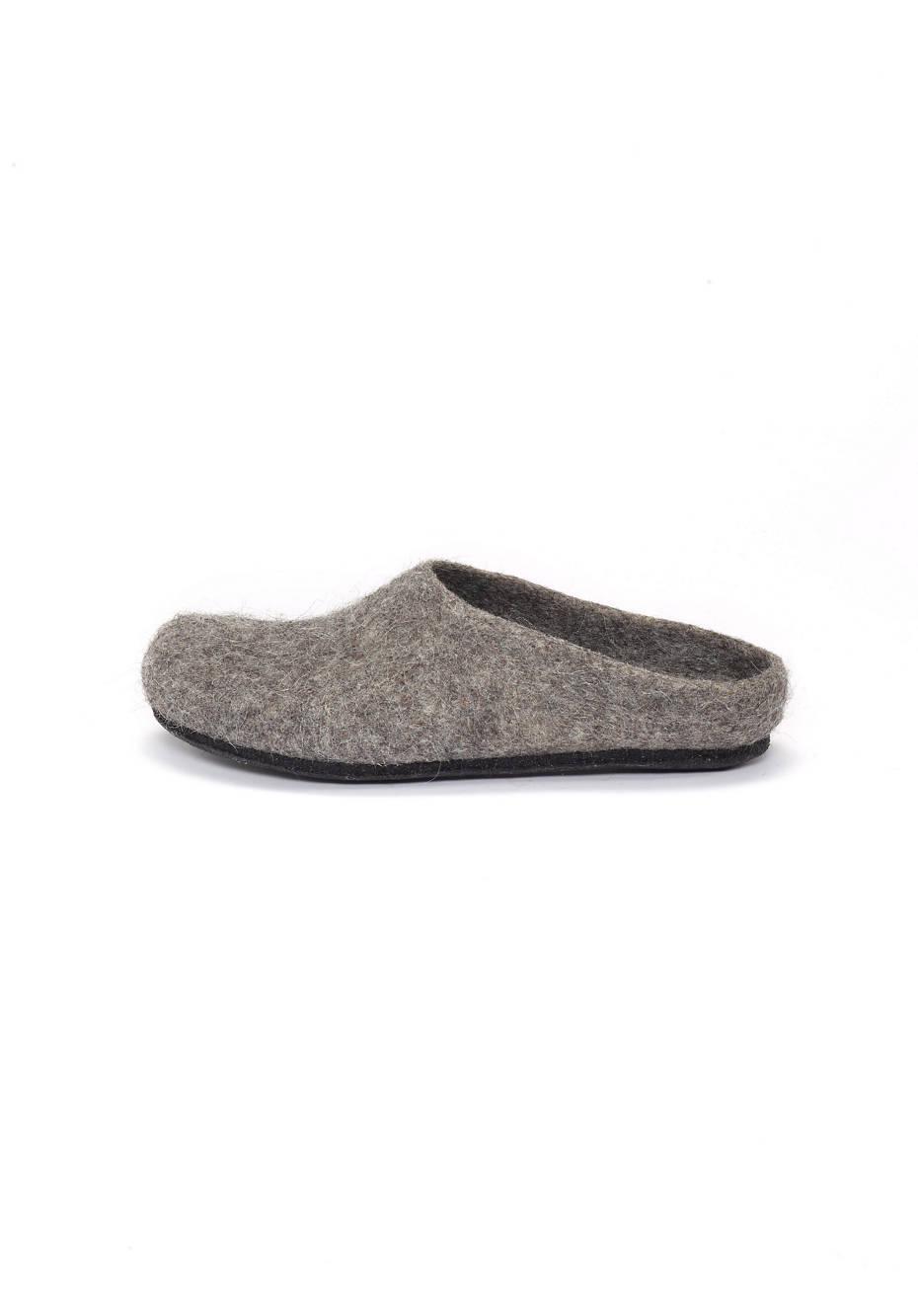 Tyrolean stone sheep slipper