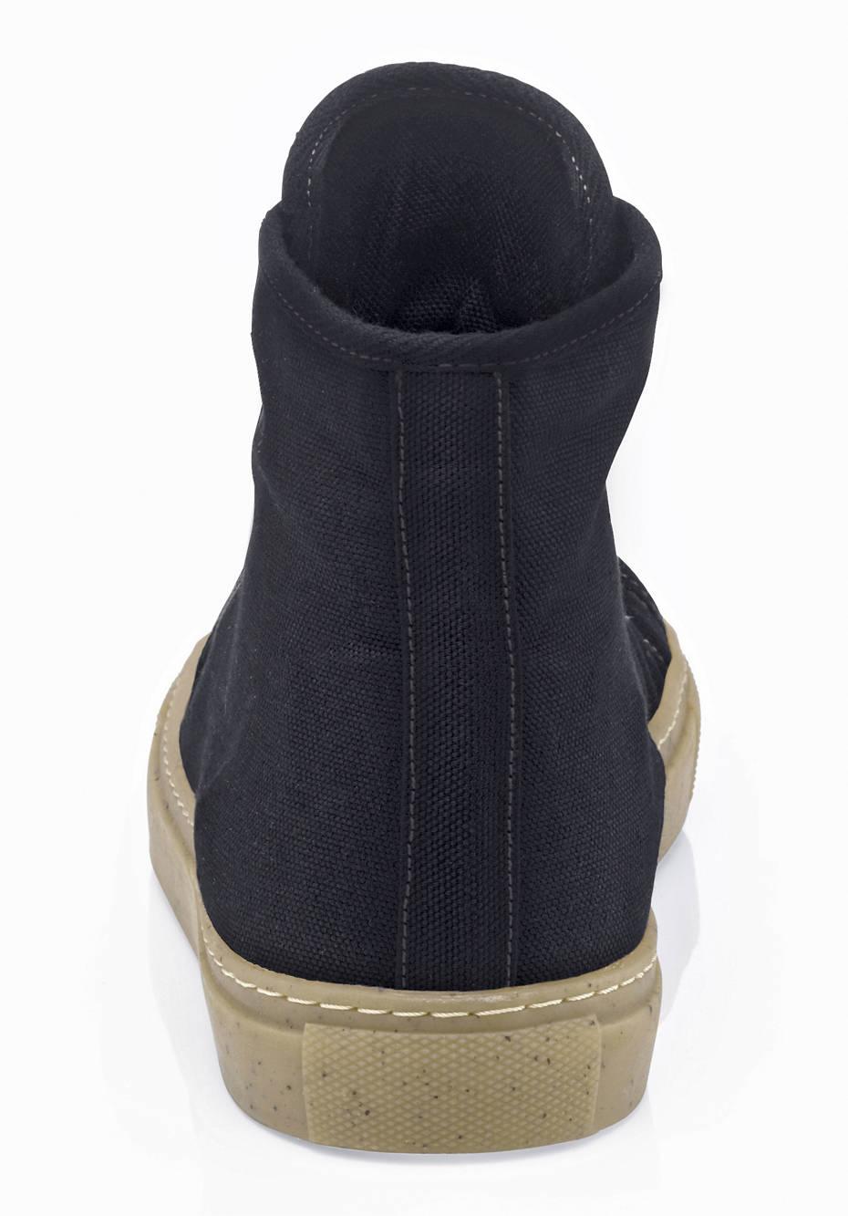 Upcycling Sneaker für Ihn aus Bio-Baumwolle und Naturkautschuk