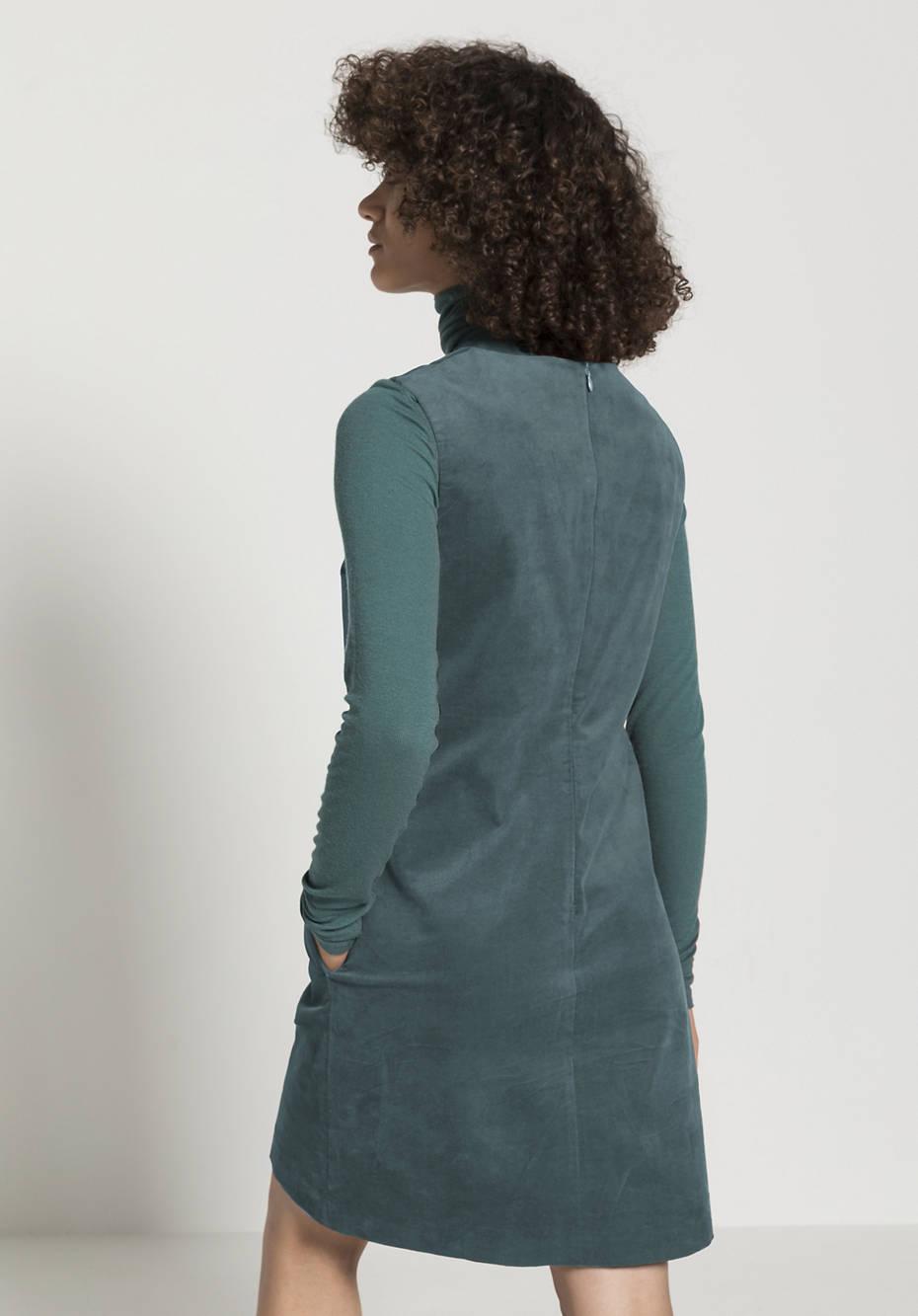 Velvet dress made of organic cotton with hemp