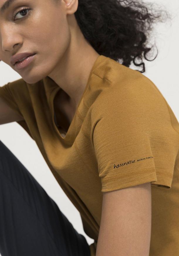 Funktions-Kurzarmshirt aus Bio-Merinowolle mit Seide