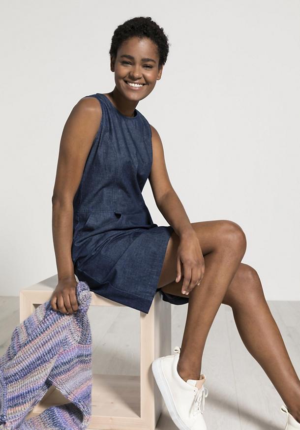 Jeanskleid aus Bio-Baumwolle mit Leinen