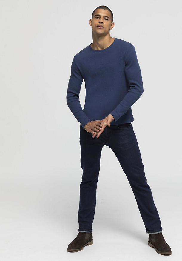 Structured shirt made of organic cotton with virgin wool