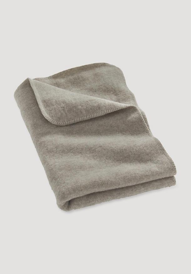 Wool fleece blanket made from pure organic merino wool