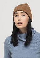 Limited by Nature hat made of pure alpaca