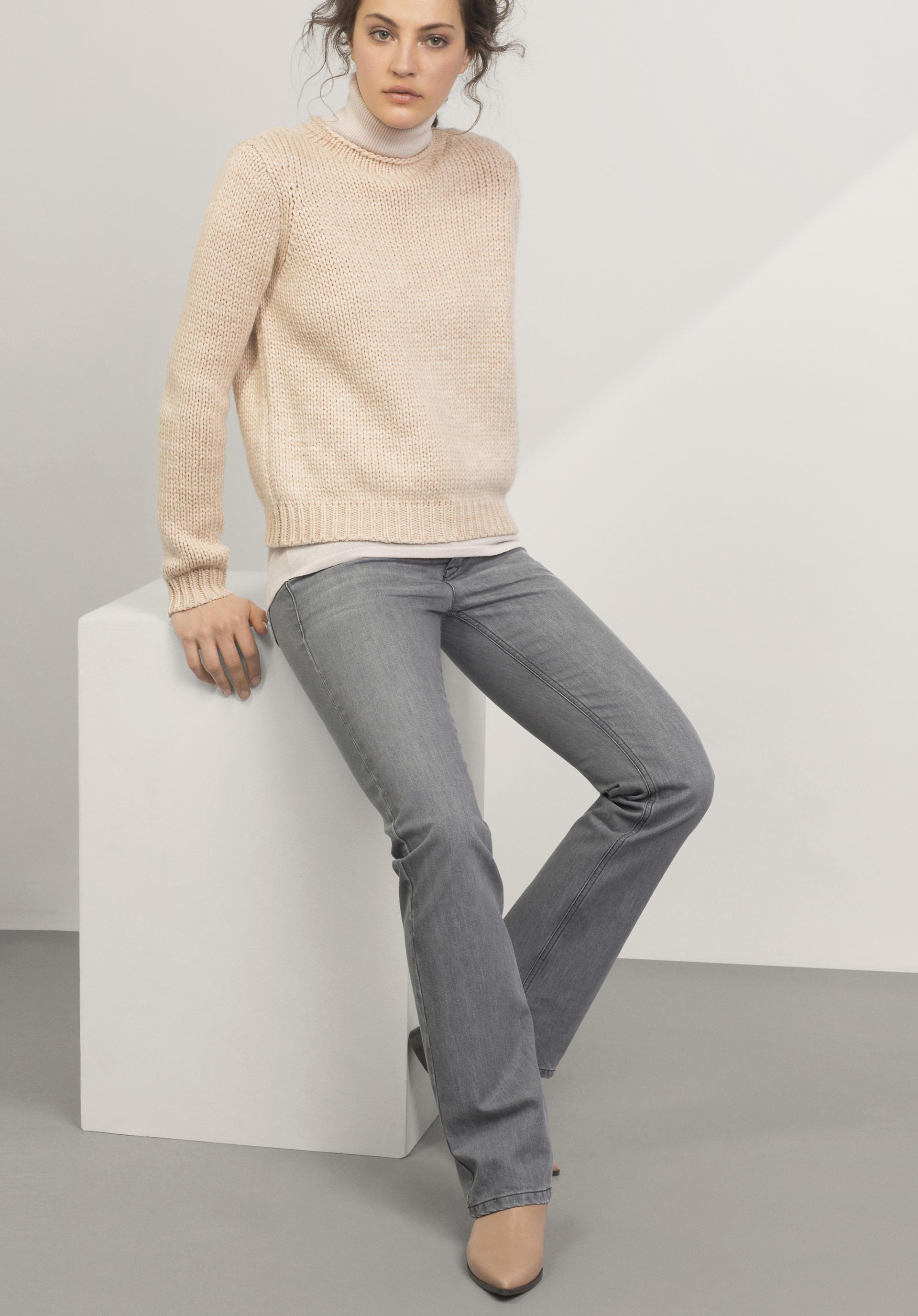 sale g nstige bio damen jeans online kaufen hessnatur deutschland. Black Bedroom Furniture Sets. Home Design Ideas