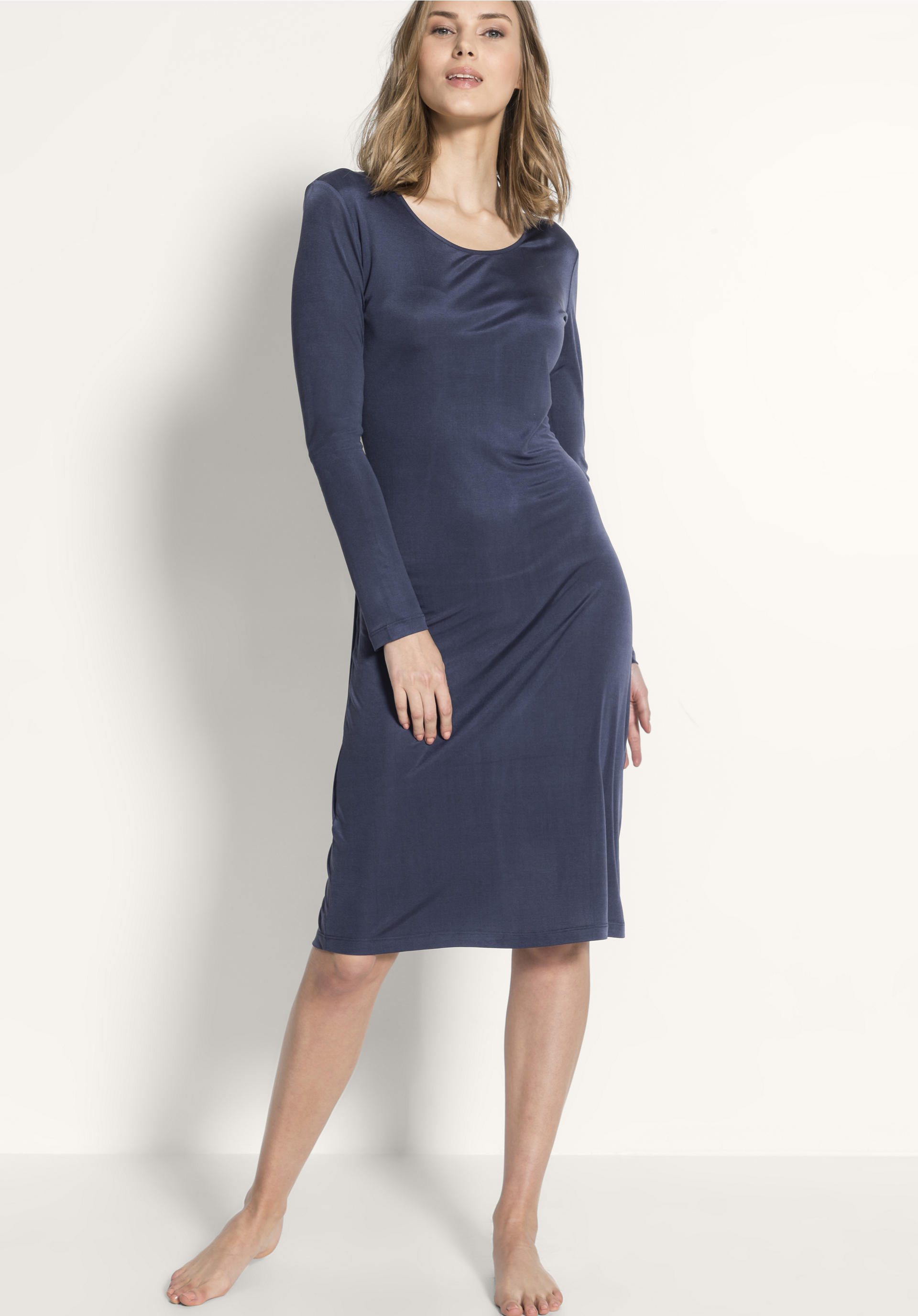 factory price 2ad49 98e76 Damen Nachthemd aus reiner Bio-Seide von hessnatur