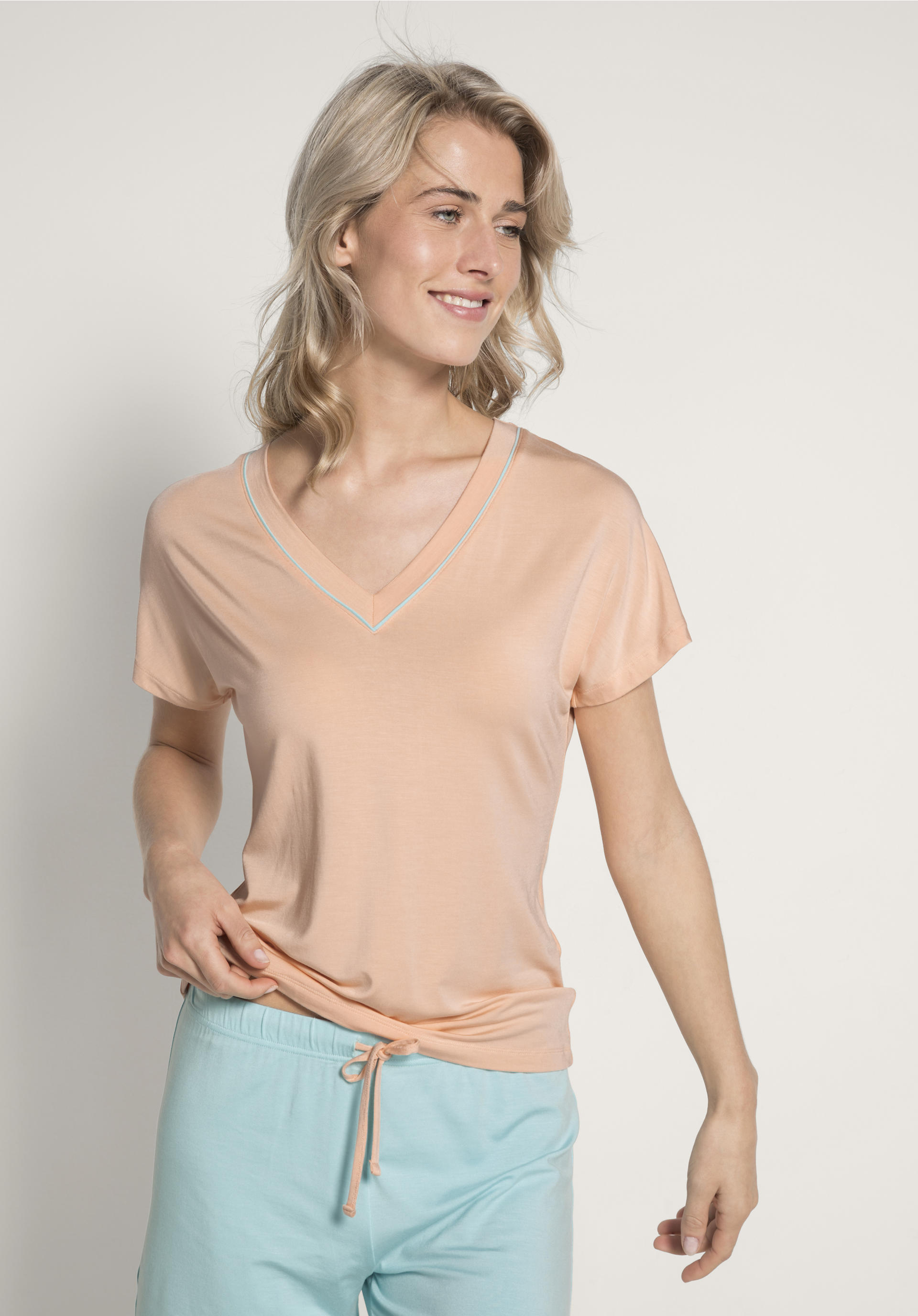 online store 92eaf 65d62 Damen Schlafshirt aus Modal von hessnatur