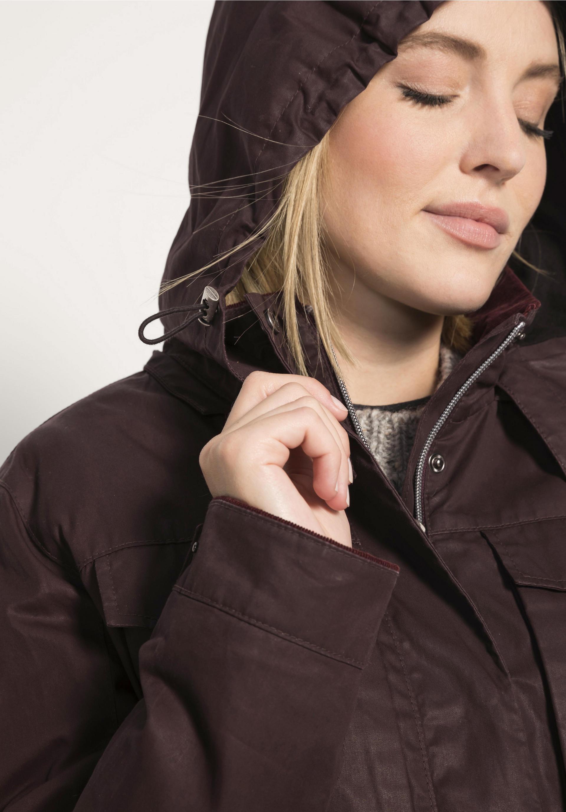 Damen Wachsjacke aus reiner Bio Baumwolle von hessnatur