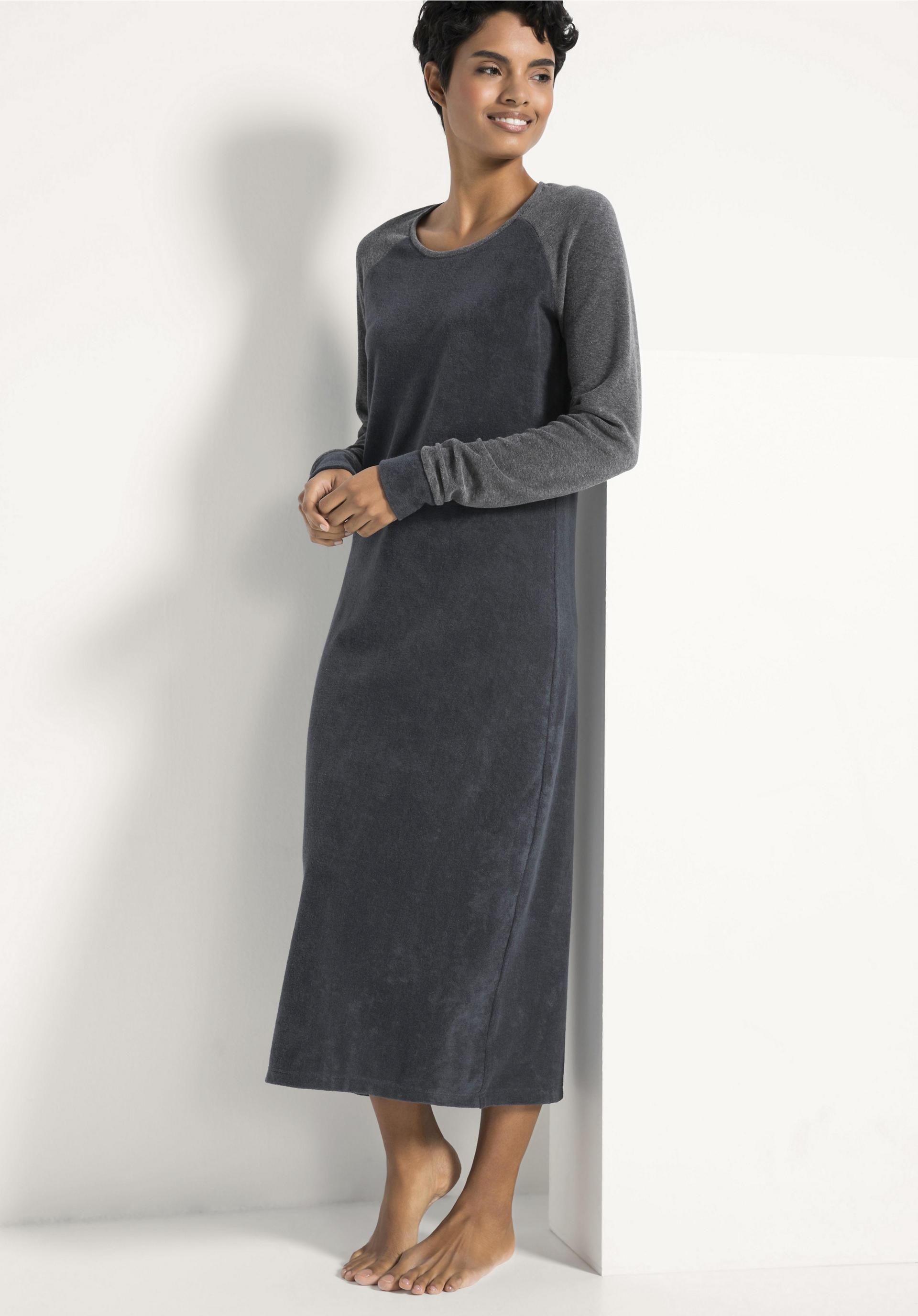 reputable site a0a80 45965 Langes Frottee-Nachthemd aus reiner Bio-Baumwolle von hessnatur