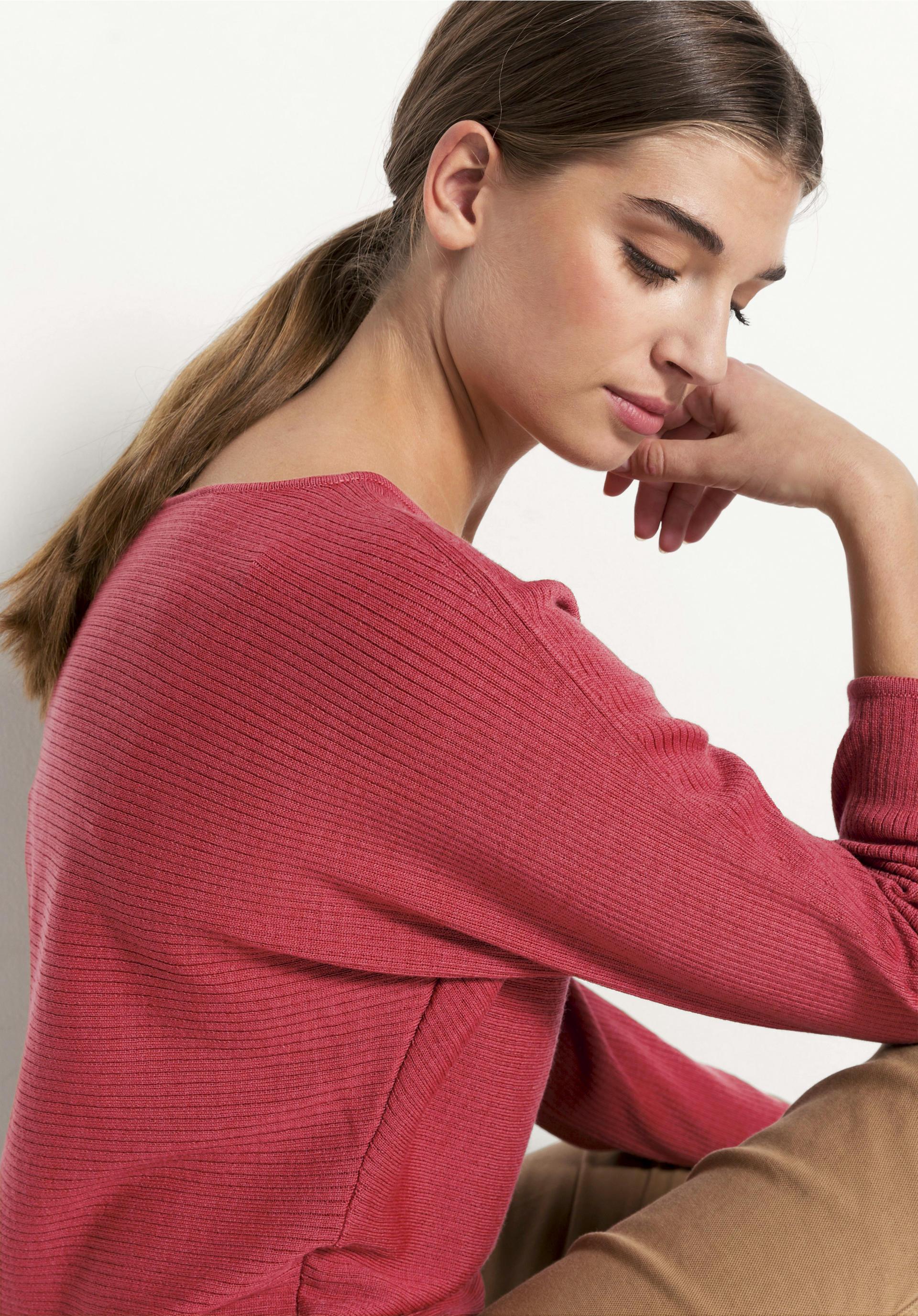 Pullover aus pflanzengefärbter Bio Merinowolle von hessnatur