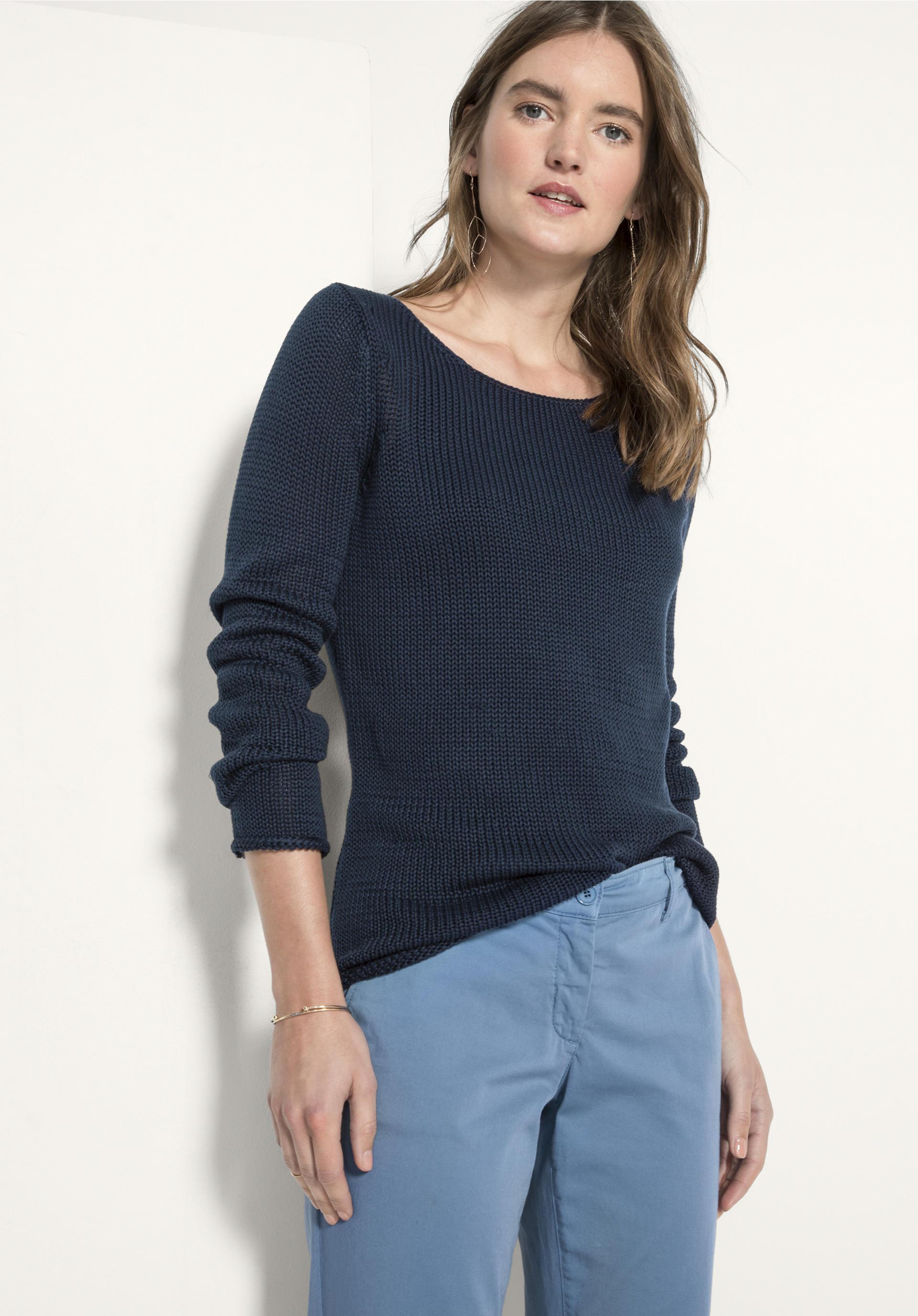 kostenlose Retouren & versandkostenfreie Bestellung besonderer design Kleidung wie T-Shirts, Hoodies, Socken, Unterwäsche etc. Fairtrade und Biobaumwolle.