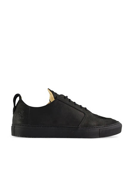 Argan Low / Black Leather Black Sole
