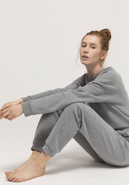 Bed recycling sweatpants made from pure organic cotton
