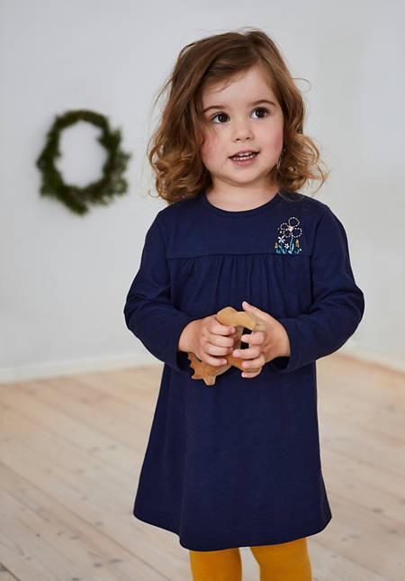Besticktes Kleid aus reiner Bio-Baumwolle