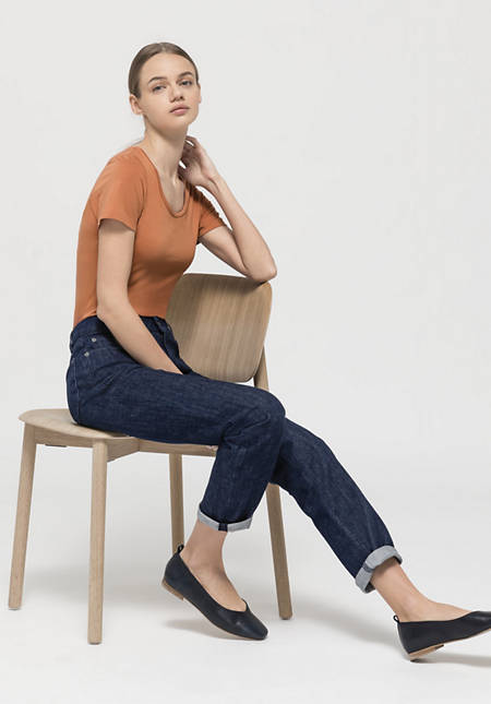 Body made of fine Pima organic cotton