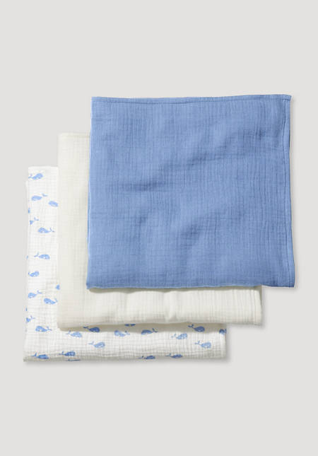 Burp cloth made of pure organic cotton in a set of 3