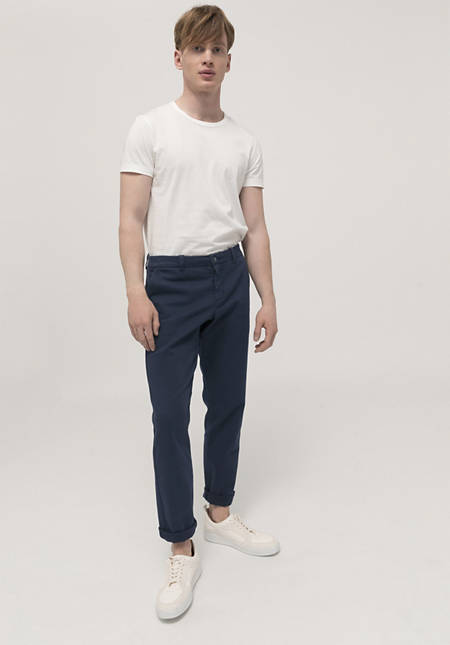 Chino Basic Fit aus Bio-Baumwolle