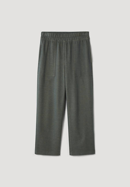 Cropped sweatpants made of pure organic cotton